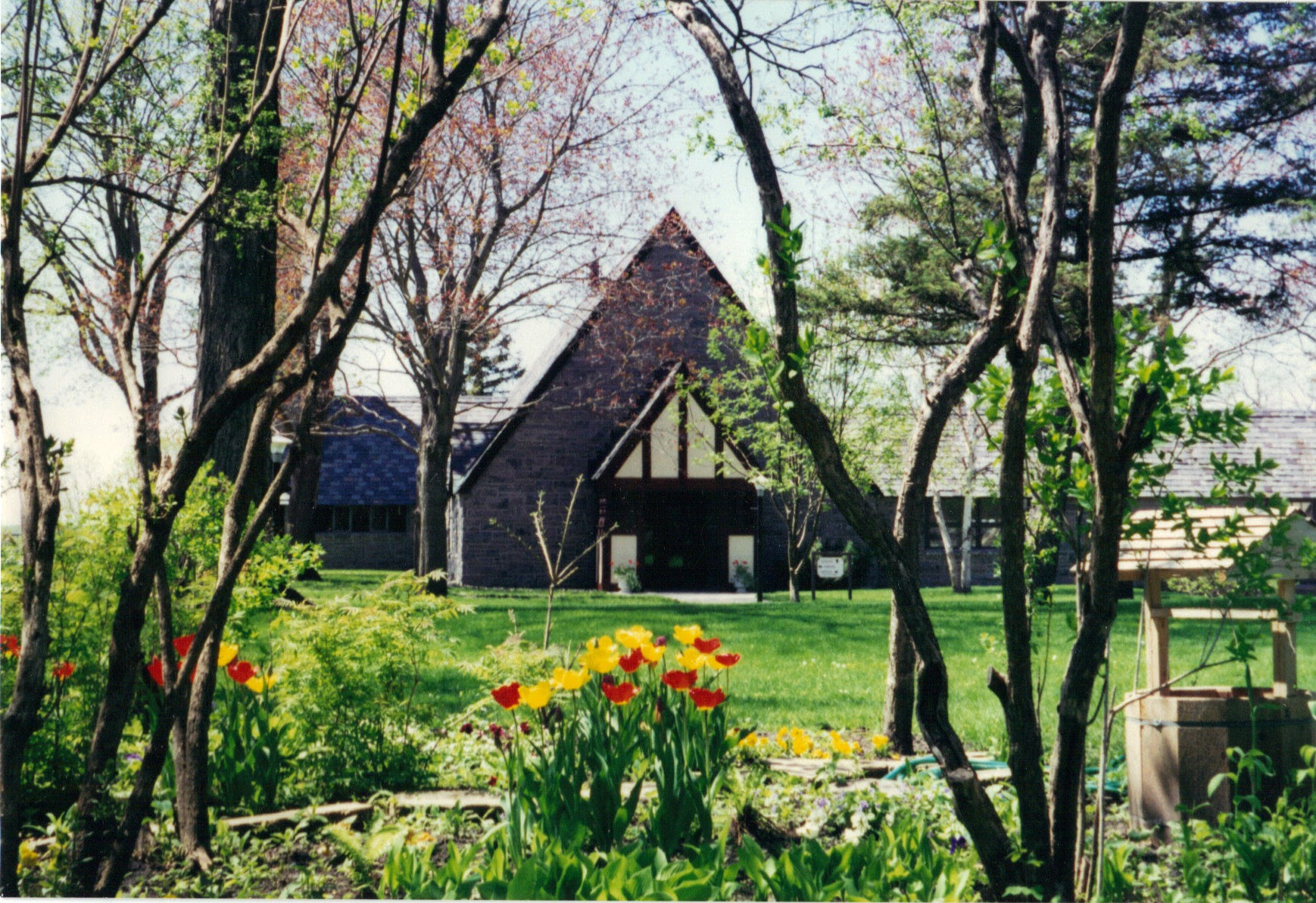 01-03-2012-11-Flowers-Church